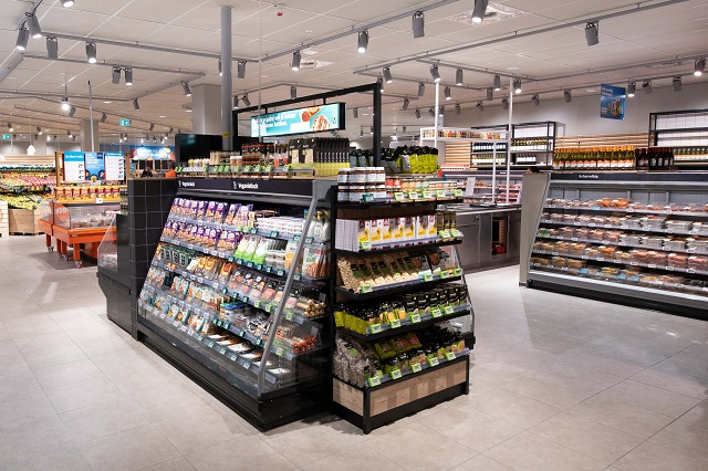 Meer dan 200 vegetarische en vegan verse producten bij vernieuwde Albert Heijn XL Dukenburg. Foto - Albert Heijn, Yasmin Hargreaves